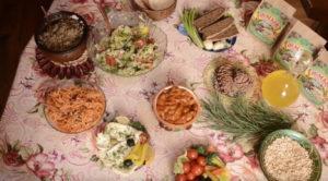 Блюда на столе